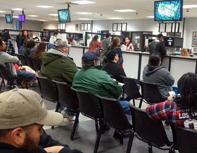 カリフォルニアで運転免許を取る方法